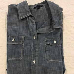 This is a gap extra large chambray button up shirt